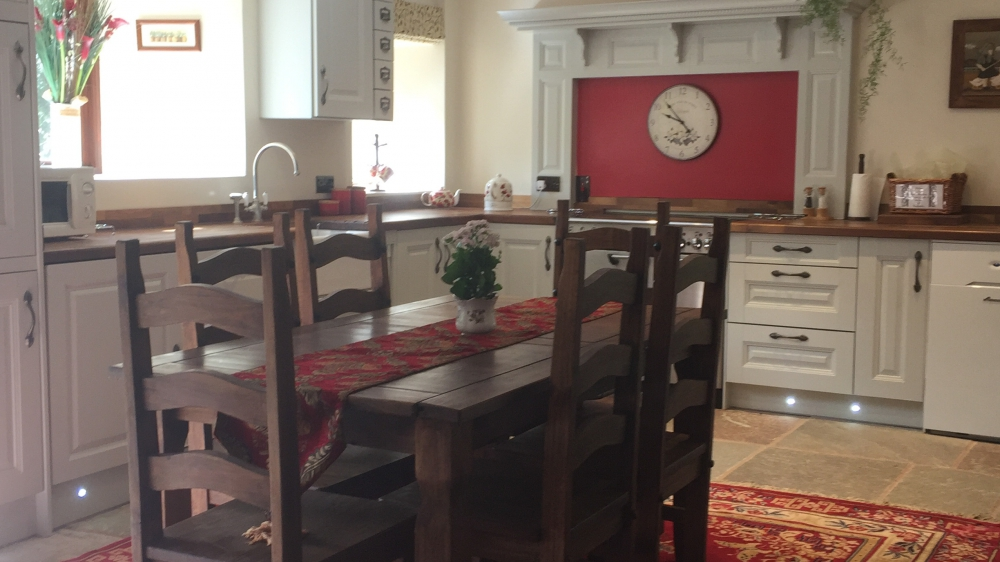 Kitchen dining room great for socialising
