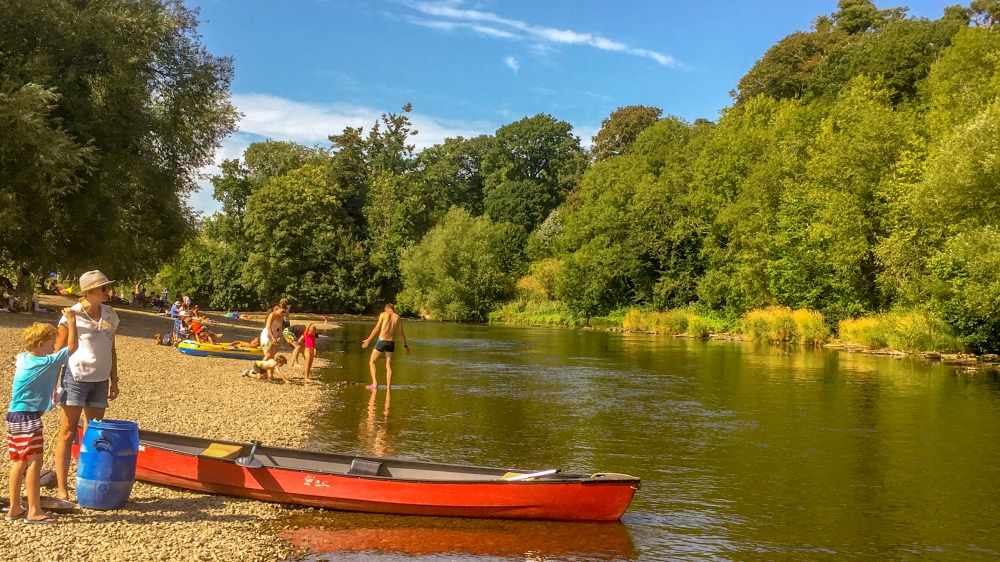 Canoeing at The Warren on the River Wye - A few minutes walk from Ty Bychan